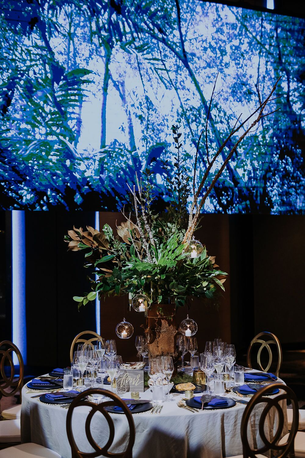 white+white weddings and events the wedding school nick and nate w hotel gold setting tablescape forest