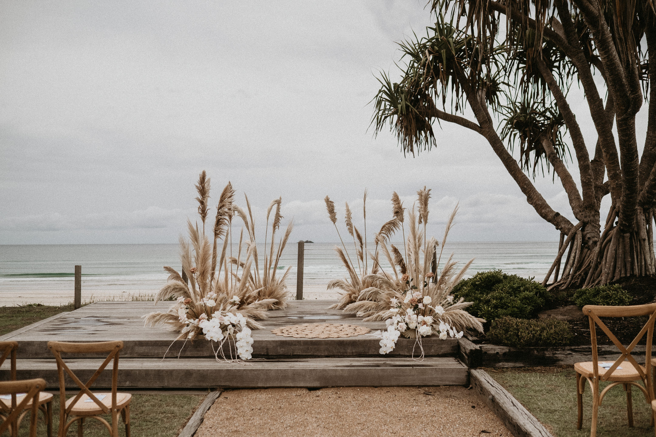 white+white weddings and events the wedding school byron bay ceremony