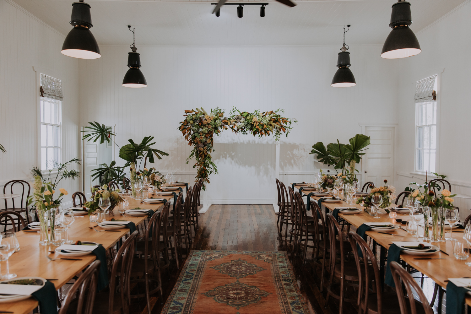 white+white weddings and events the wedding school loyal hope of the valley reception styled floral design altar