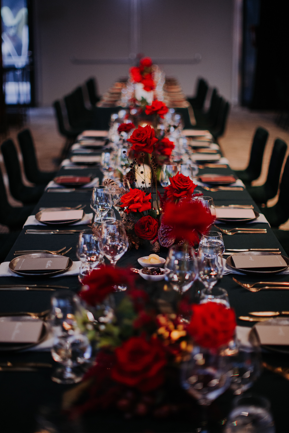 white+white weddings and events the wedding school howard smith wharves balloon howards hall red table setting run