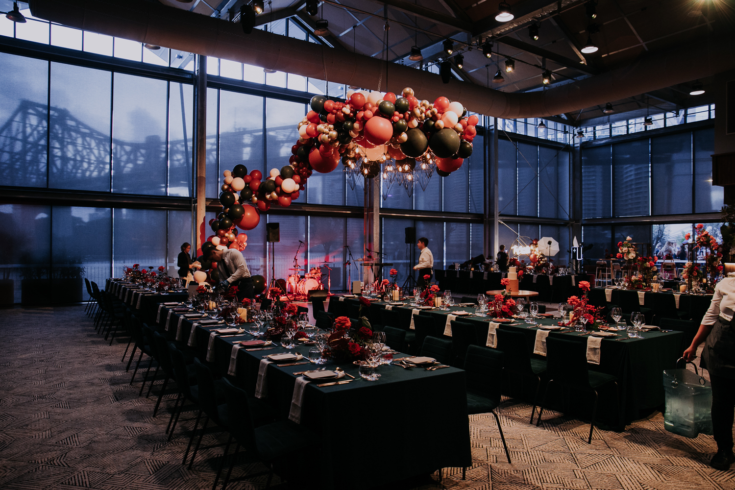 white+white weddings and events the wedding school howard smith wharves balloon backdrop full room howards hall