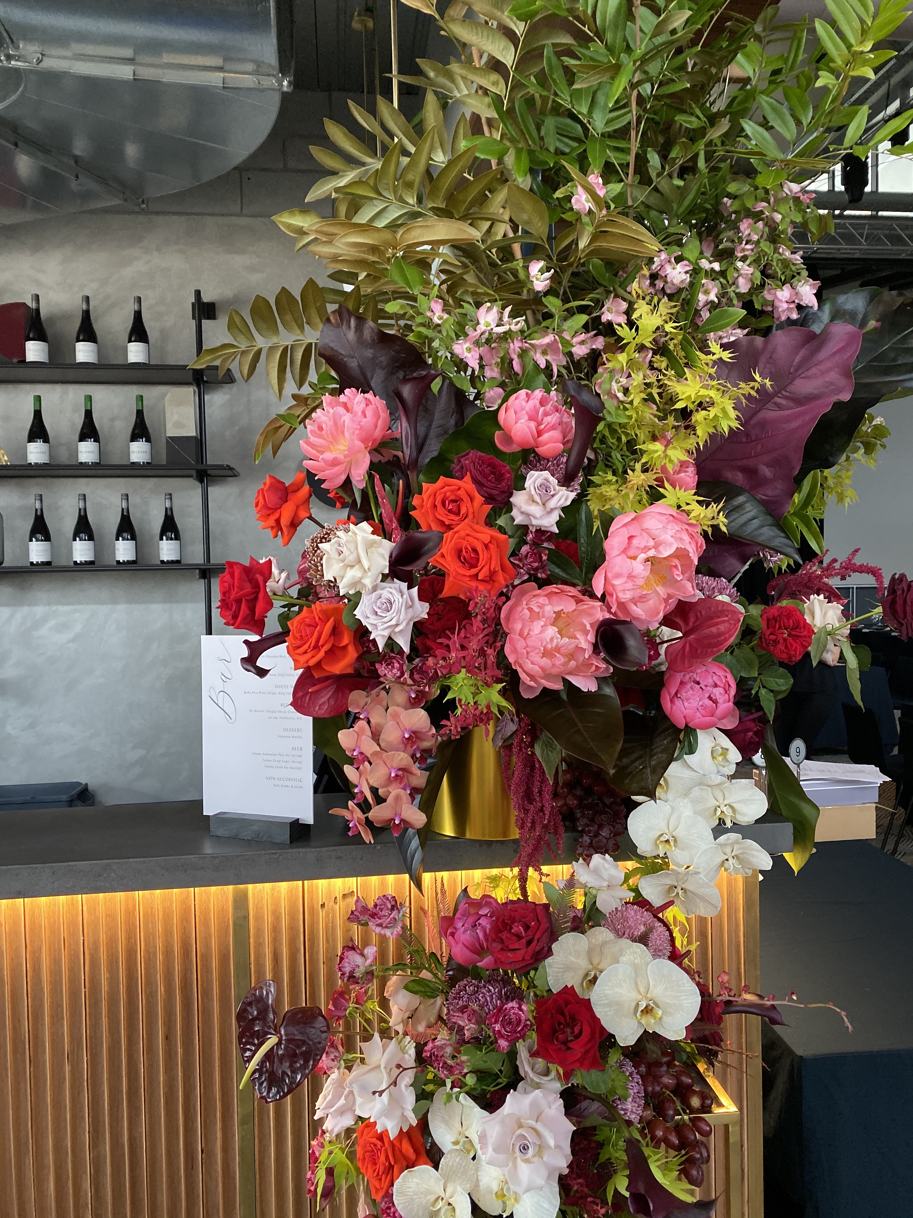 white+white weddings and events the wedding school howard smith wharves bar florals