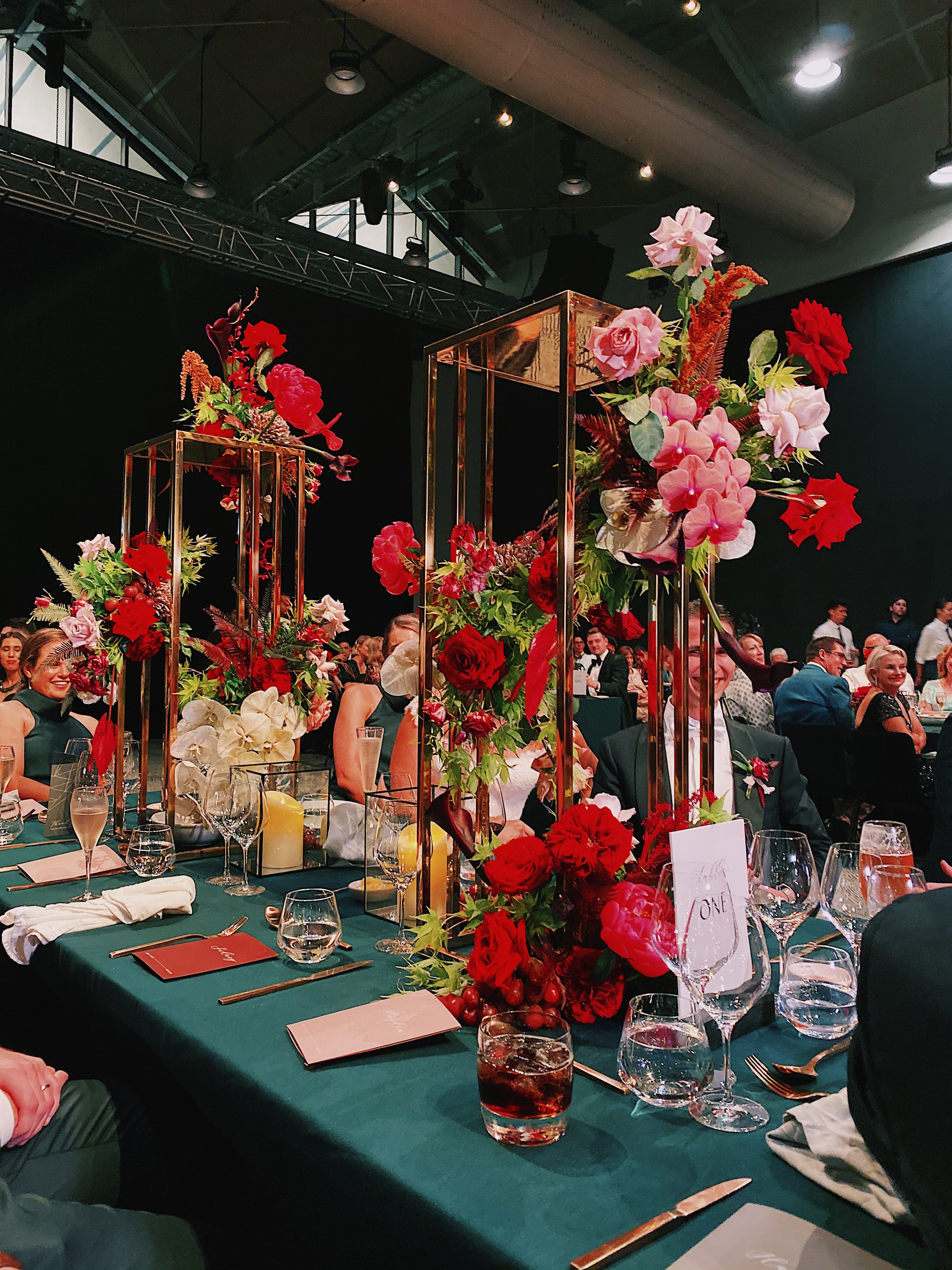 white+white weddings and events the wedding school howard smith wharves bridal table florals
