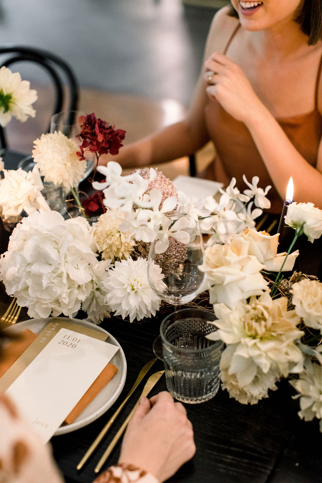 white+white weddings and events the wedding school styled shoot isles lane tablescape table styling floral design
