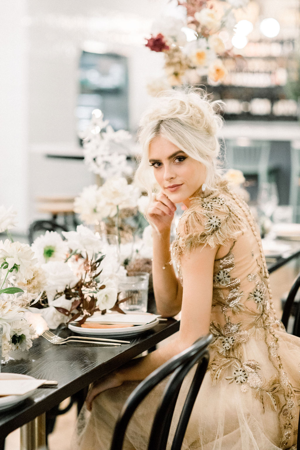white+white weddings and events the wedding school styled shoot tablescape tablestyling wedding flowers isles lane bride gold wedding dress