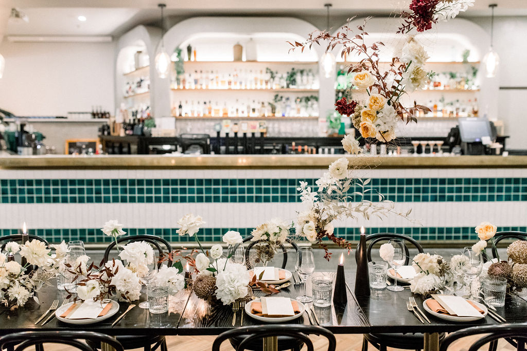 white+white weddings and events the wedding school styled shoot isles lane tablescape table styling hanging florals floating