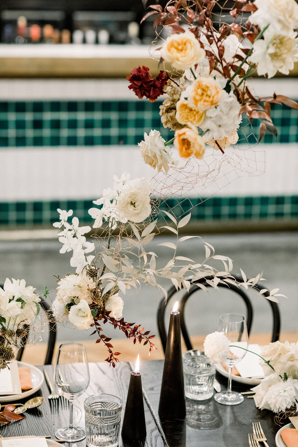 white+white weddings and events the wedding school styled shoot isles lane tablescape table styling floating floral design